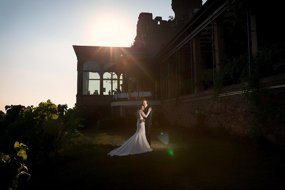 Hochzeit Burg Schwarzenstein Sonnenuntergang